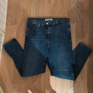 Topshop high waisted Jamie Jeans. Size 32